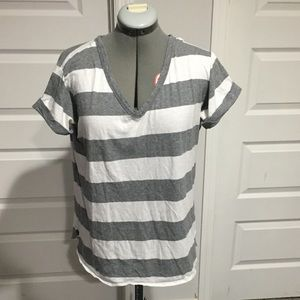 Gap striped tee M